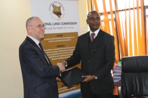 ILRI and Kenya's National Land Commission to collaborate in land use planning and rangelands management