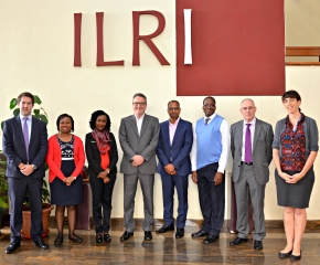 The British High Commissioner to Kenya visits ILRI's Nairobi livestock labs and campus